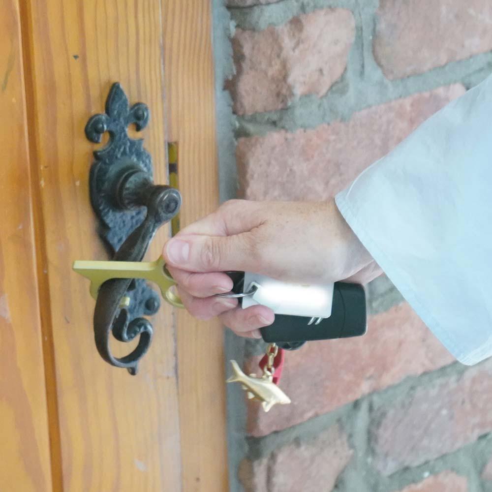 zero-touch-door-handle-1